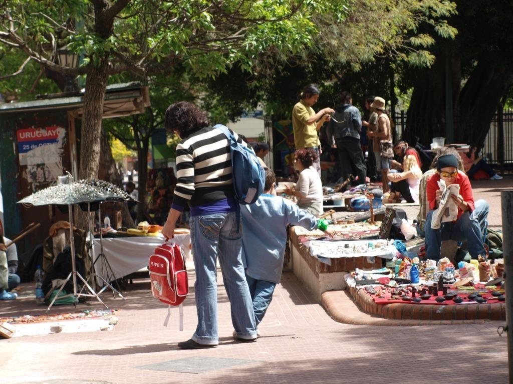 Plaza Dorrego in San Telmo, bekannt für Künstler und Tänzer