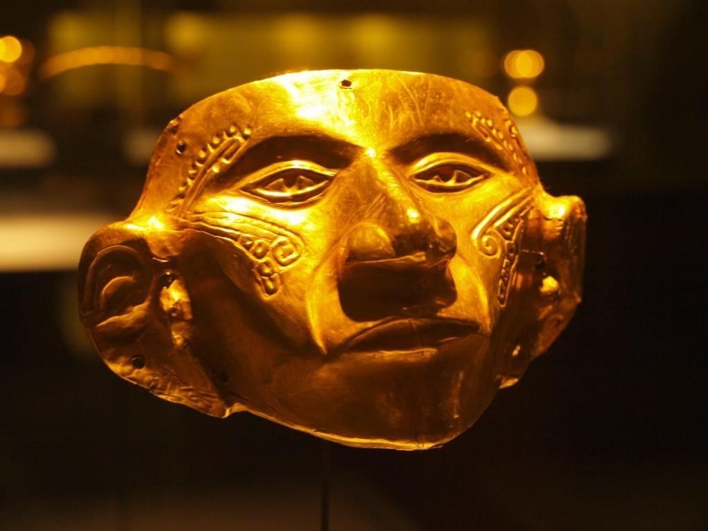 Eine der tollen Goldmasken im Goldmusem