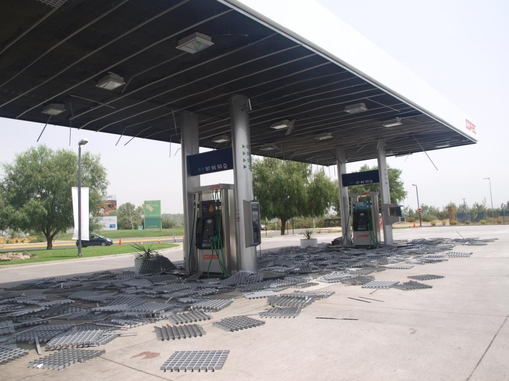 hier gab es kein Benzin mehr nach dem Beben