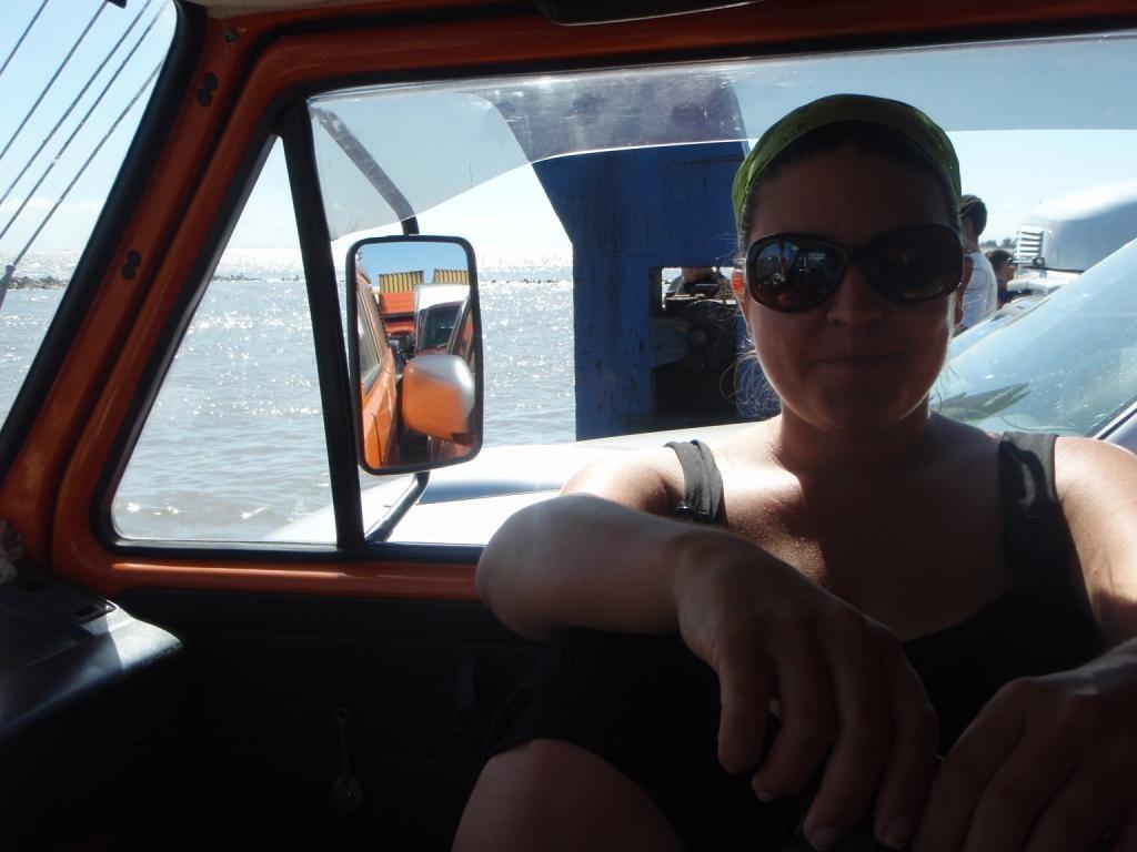 Noch in Brasilien setzen wir mit der Fähre in San Jose nach Rio Grande über...