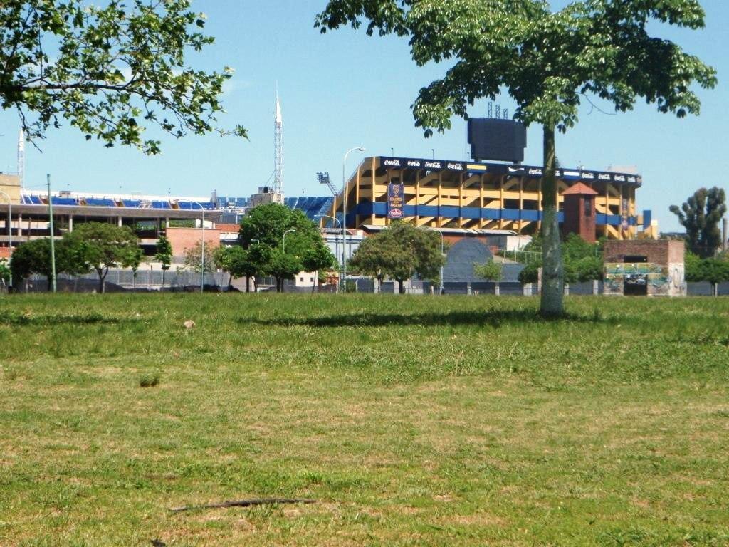 DAS Fussballstadion der Boca Juniors, sahen wir leider nur von aussen