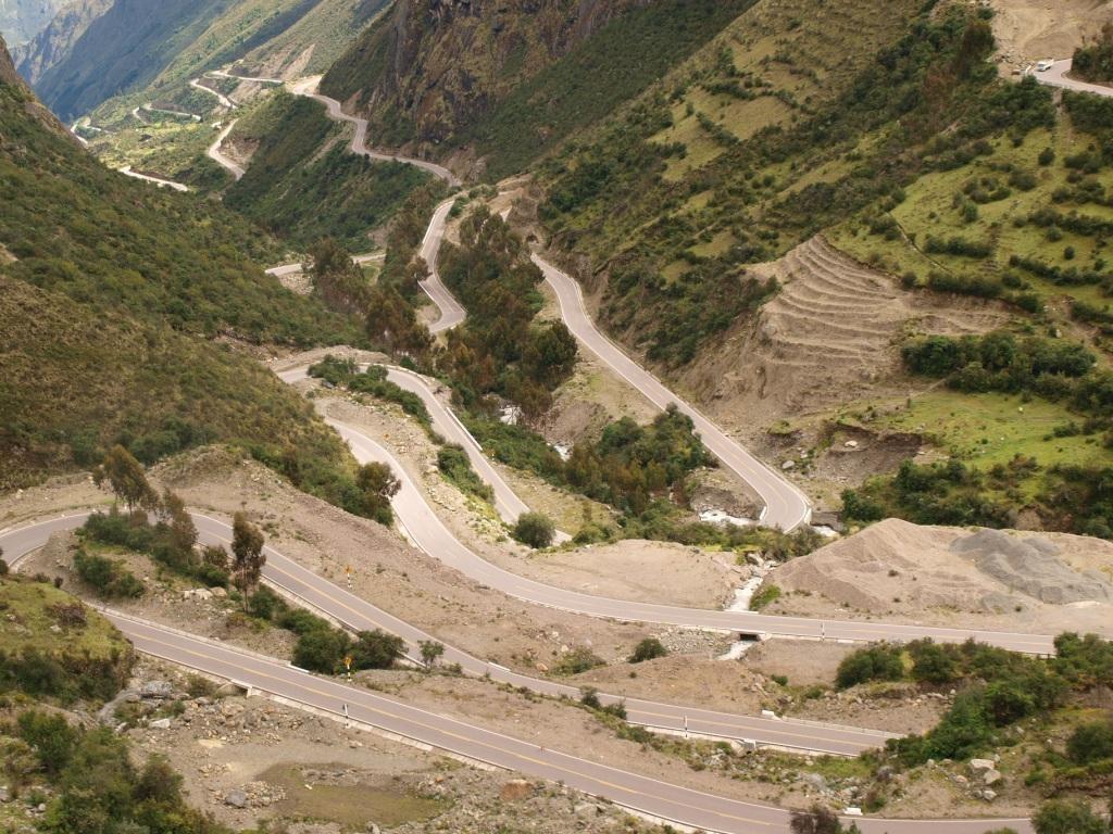 Der Weg ist das Ziel. Passstrasse nach Santa Teresa