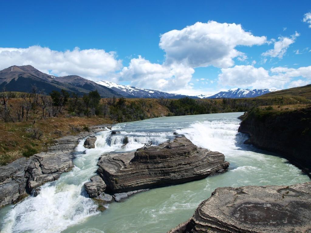 Der Wasserfall des Rio Paine