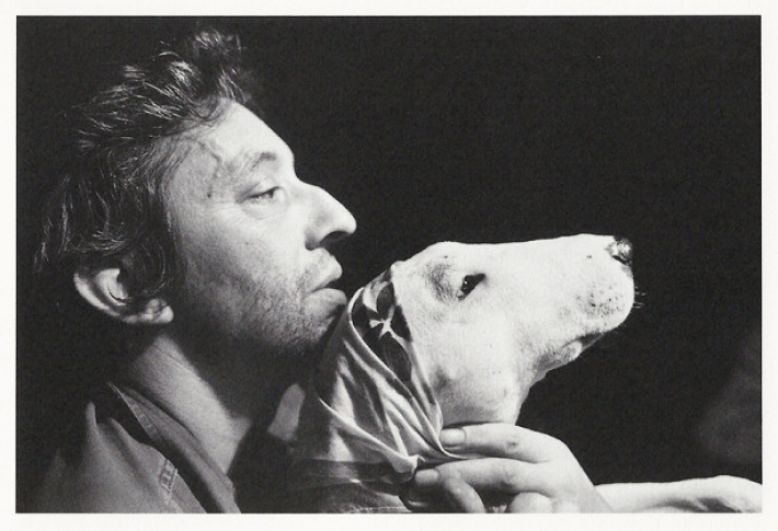 8. The couple had a pet dog—a bull terrier named Nana, which Serge felt made him look handsome by comparison