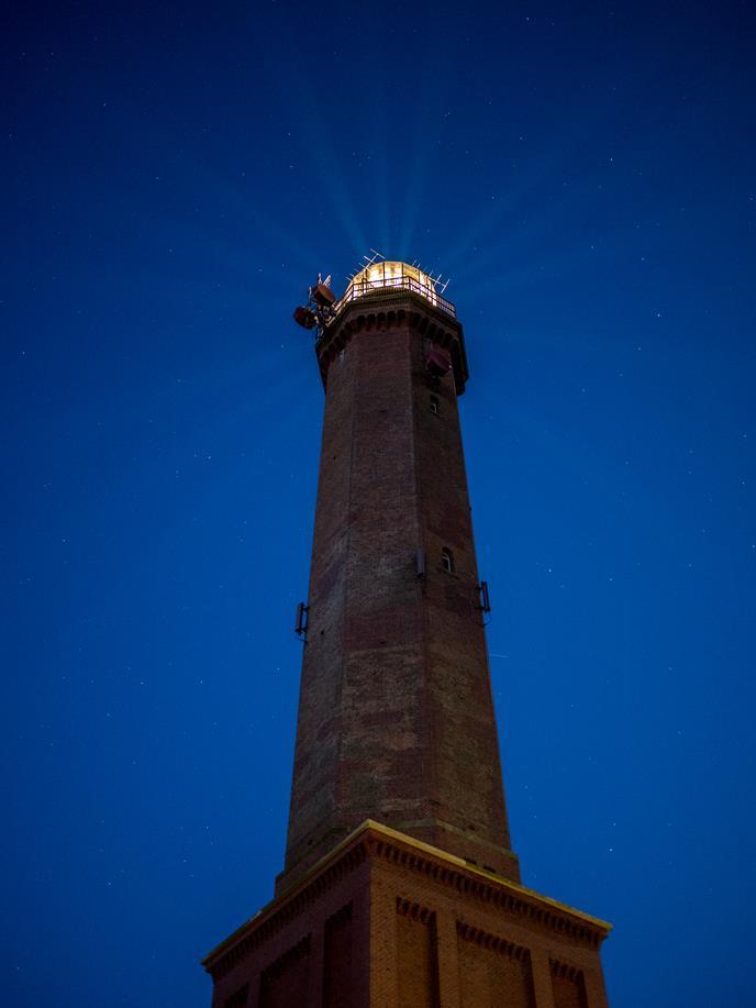 Norderney - Der Leuchtturm in den Dünen