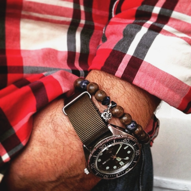 'LILY PEA'  Armband