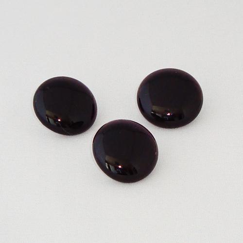 P1131. Easy button stenen van helder donker paars glas.     per stuk €2.00 en 3 voor €5.00.