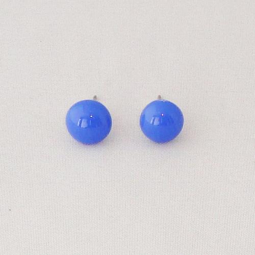 E1190. Blauw opaal glas. afm. ca. 1 cm.   €6.50.