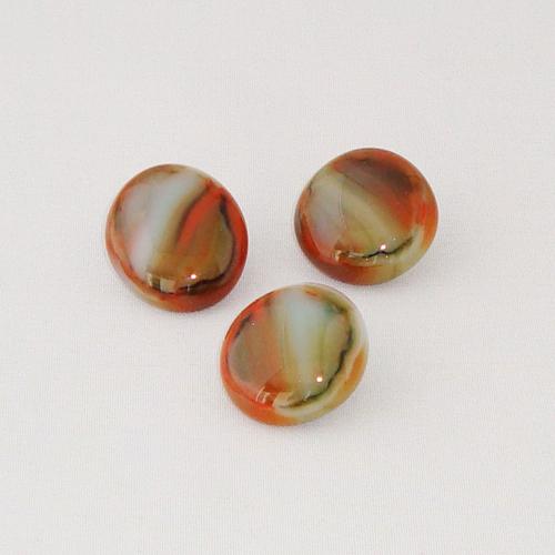 P1158. Easy button stenen van oranje/ groen en creme gemarmerd glas.     per stuk €2.00 en 3 voor €5.00.