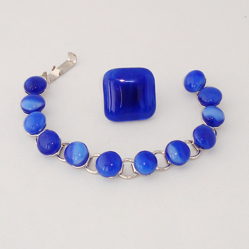 S5932.  Caraïbisch blauw gemarmerd glas.   €25.00.
