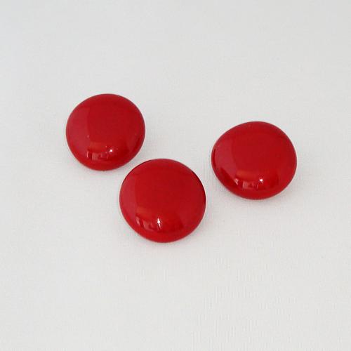 P1143. Easy button stenen van donkerrood opaal glas.     per stuk €2.00 en 3 voor €5.00.