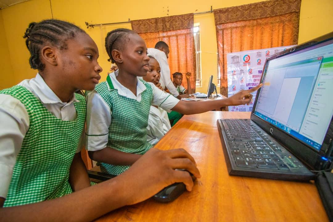 UNESCO - International Day of the Girl 2021 - Digital Generation