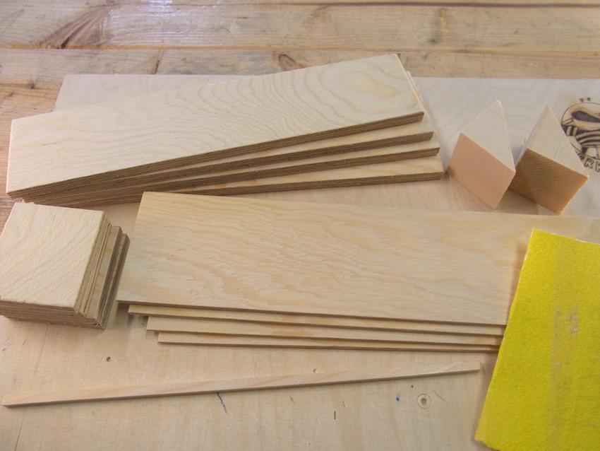Holzteile schleifen
