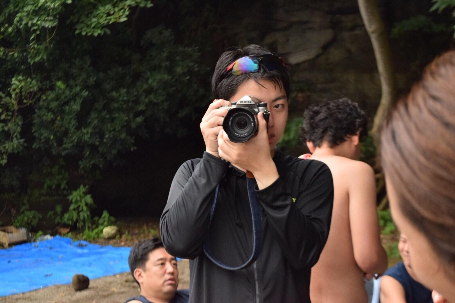カメラ男子現る!その名もおすポン!!(オサナイ君の反対は・・・がニックネームの由来です。)