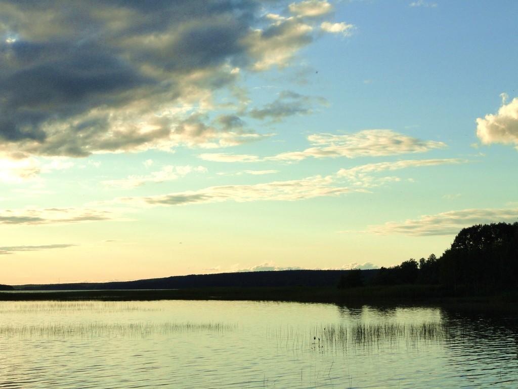 Нахимовское озеро перед закатом