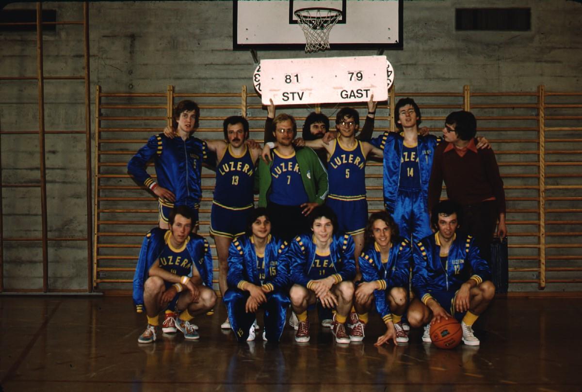1976 - kaum zu glauben! Der erste Sieg gegen TV Reussbühl seit langer Zeit!