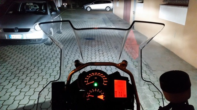 BMW F800GS monta Kit LED Moto mod. TKL9-H7-Upgrade -  CANBUS - Fascio Luminoso