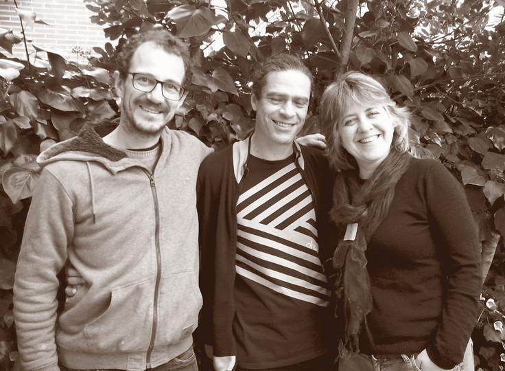 Miguel Rodrigáñez (contrabajo), Julio García y Ana Vassalo, grabación de The warmest place. Solidão