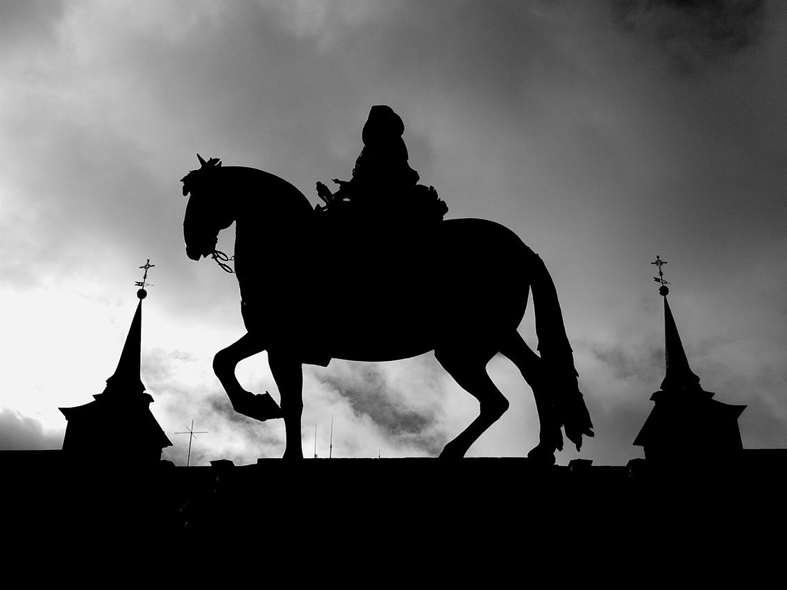 El caballero de las nubes (Plaza Mayor, Madrid)