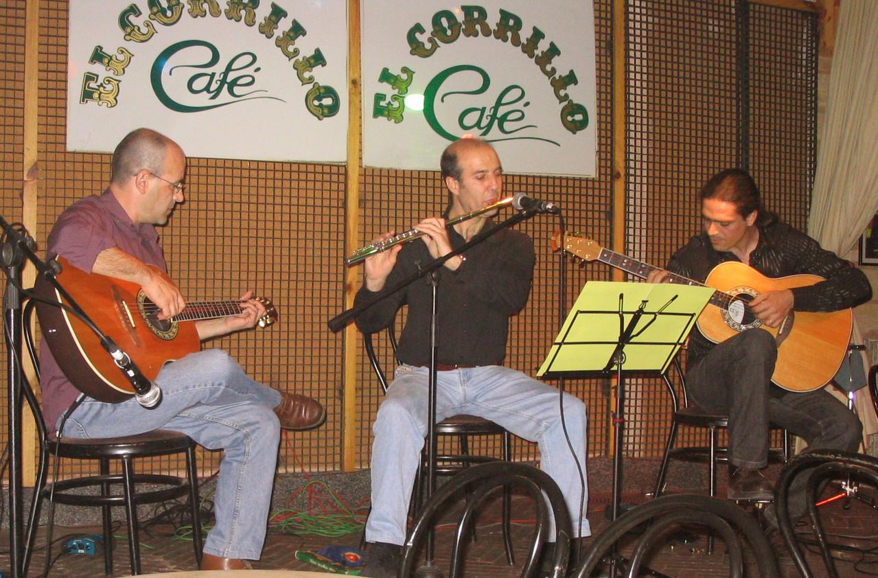 Isidro Solera, Julio Albertos, Julio García. Café Corrilo, Salamanca