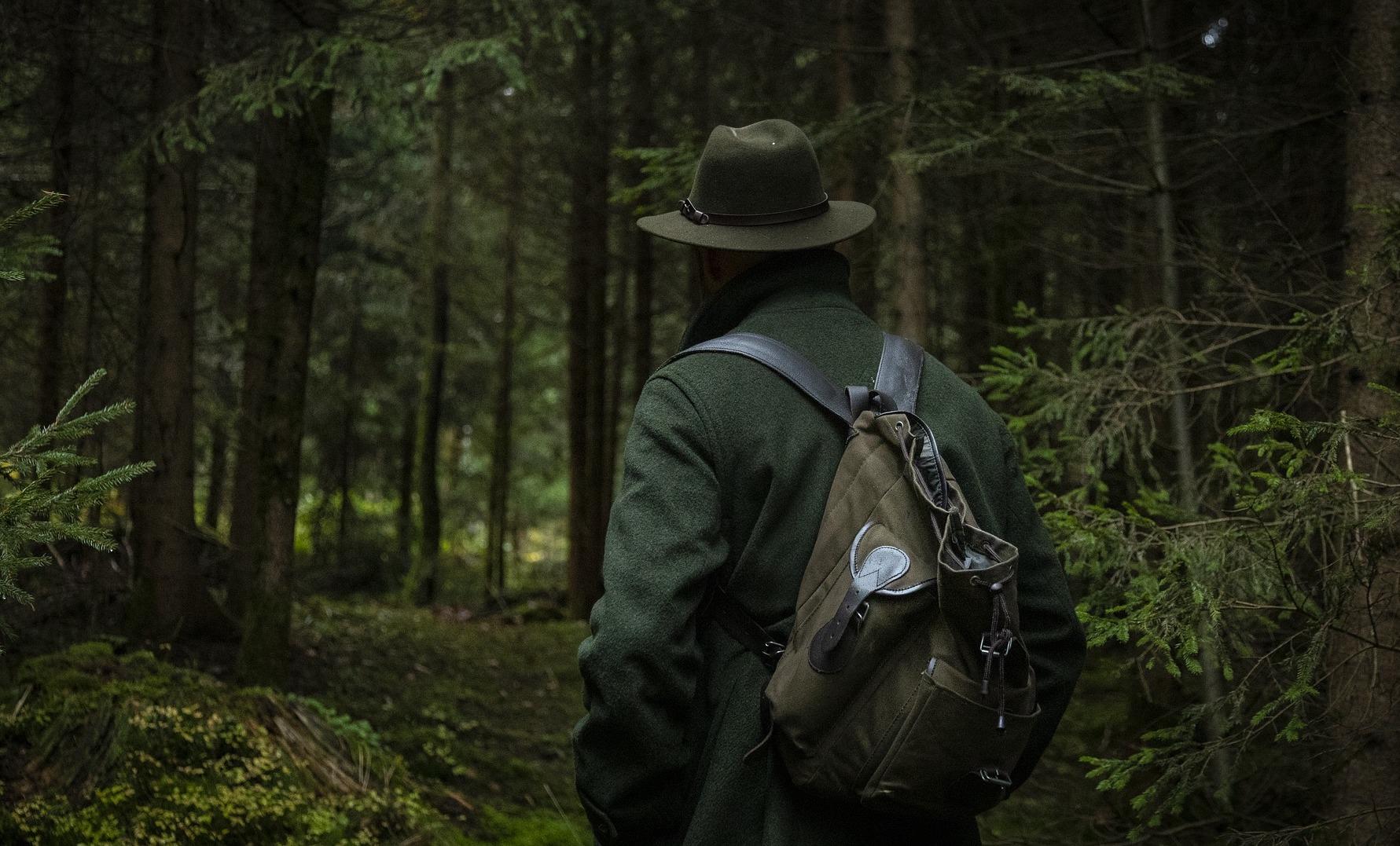 Polizei ermittelt: Betrunkene Jäger ballern im Wald