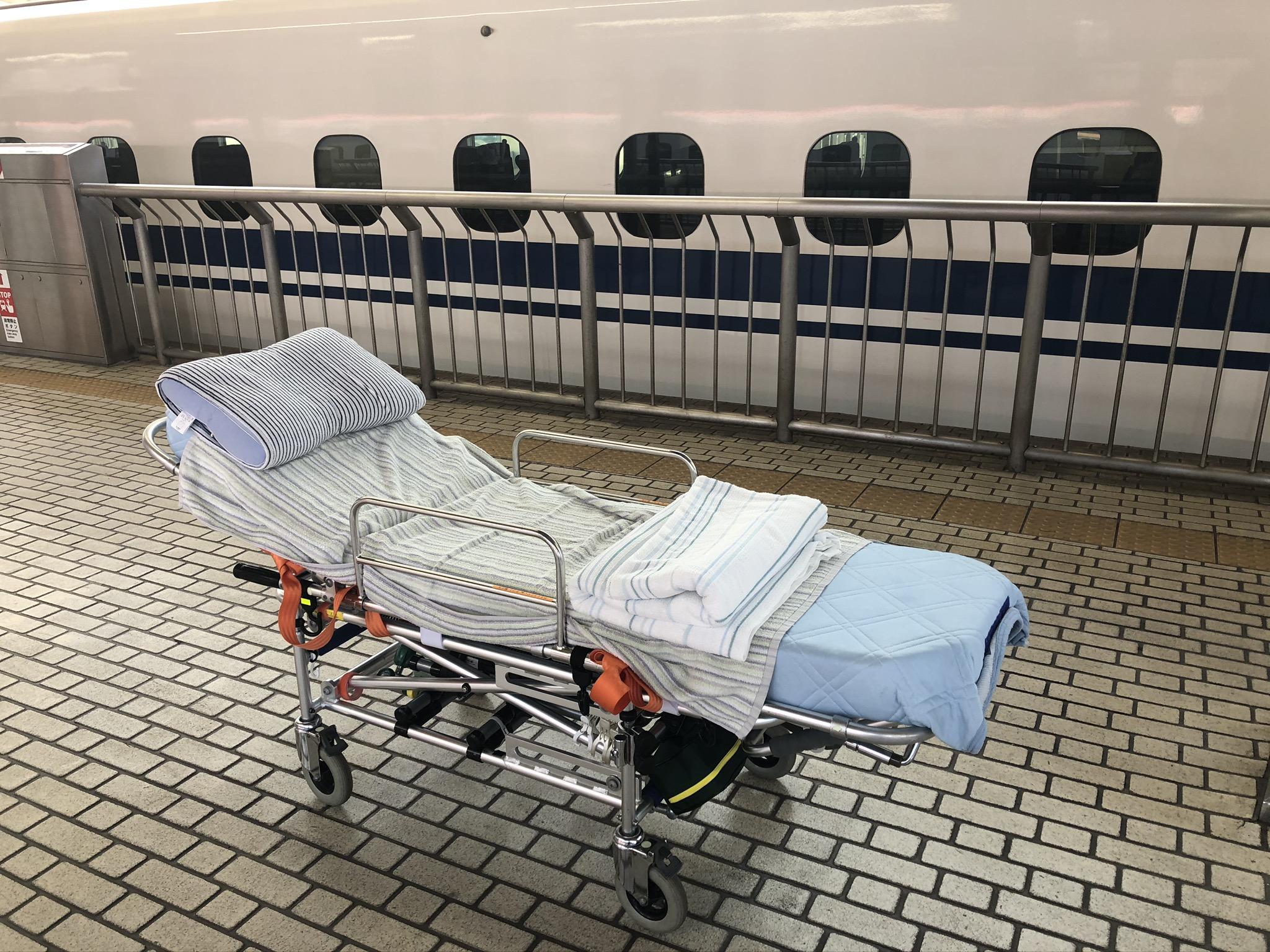 東京駅 新幹線多目的室 特殊搬送