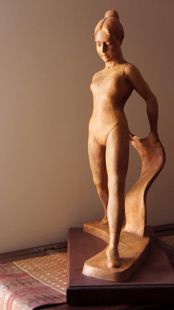 Studio anatomico di BALLERINA. terracotta patinata 20x40x70