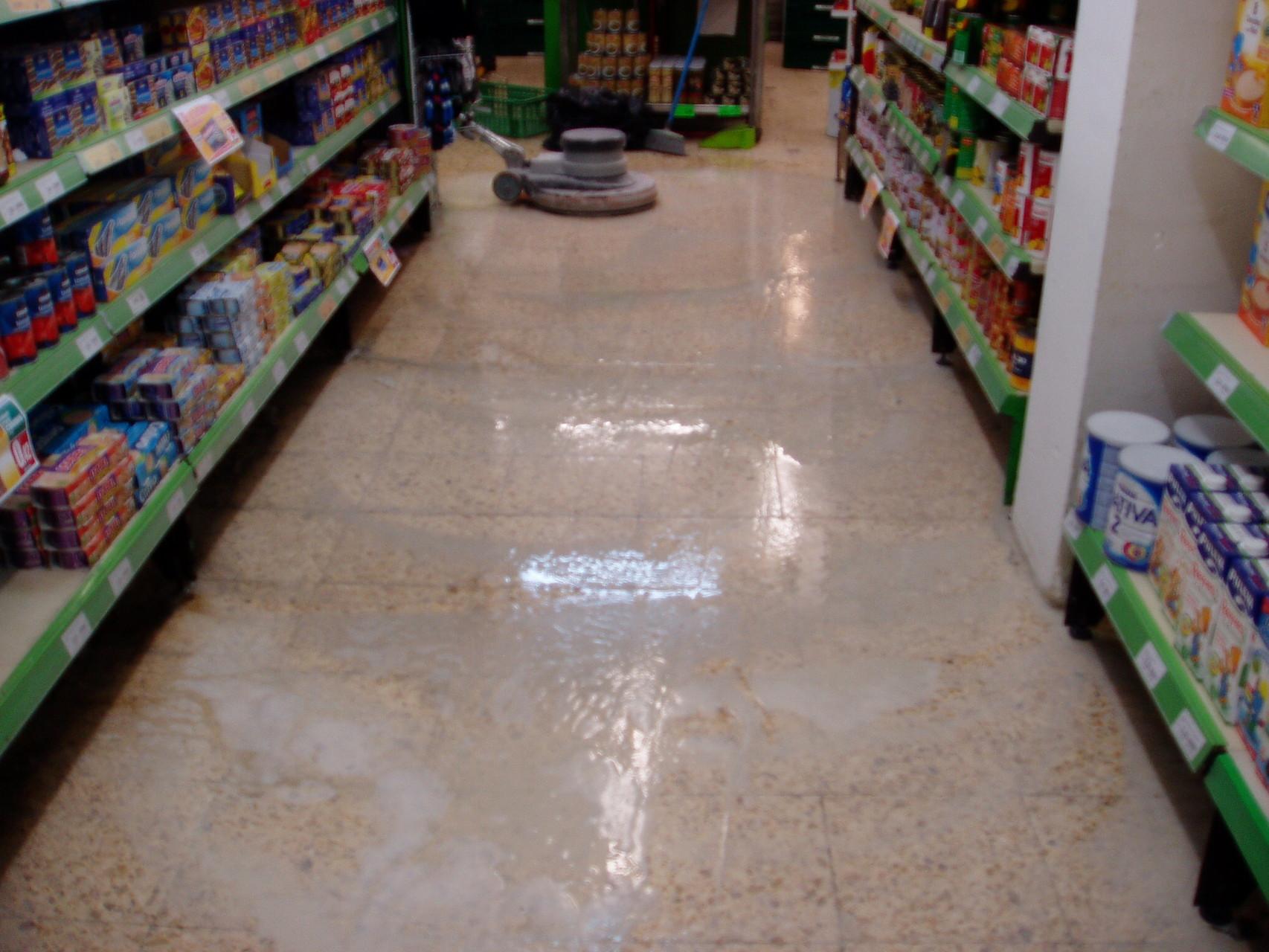 Pulir abrillantar suelo marmol y terrazo pulir y - Pulir y abrillantar suelos de terrazo ...