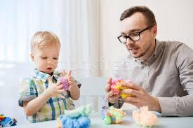 apával játszani jó