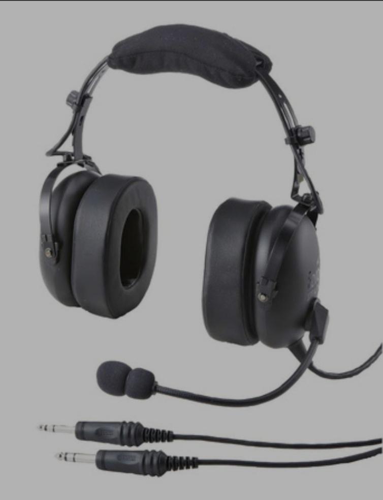 notwendiges, persönliches Headset.