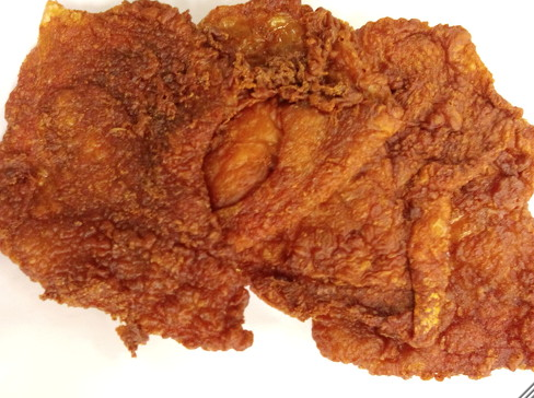 もともと鳥皮好きですが、鳥皮の唐揚げは鳥長さんの唐揚げがめっちゃ美味しいんです(ノ゚ο゚)ノ オオォォォ-店頭販売はしてないみたいやから、欲しい時は注文しなしな~(๑癶ω癶๑)
