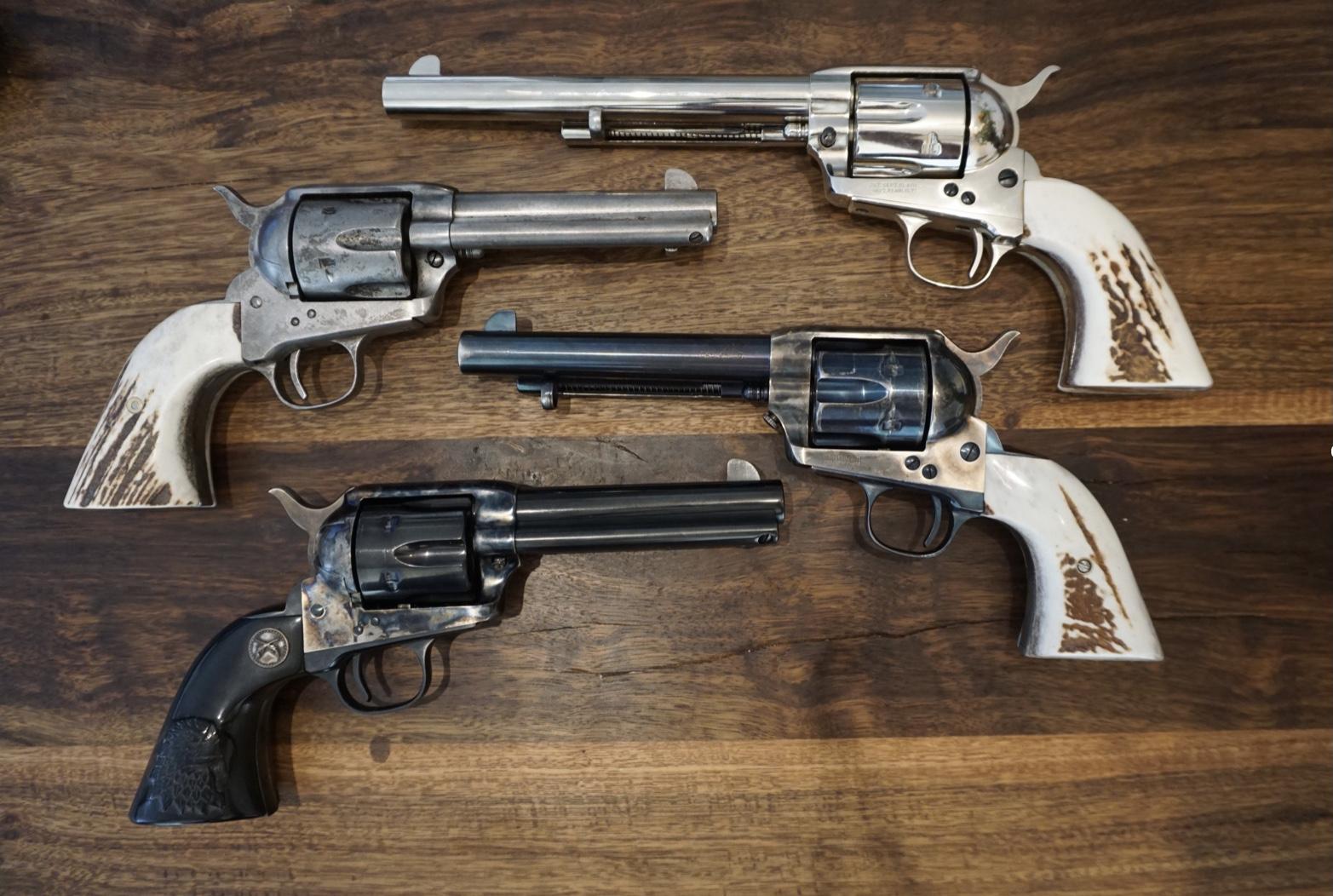 Colt und Uberti Revolver