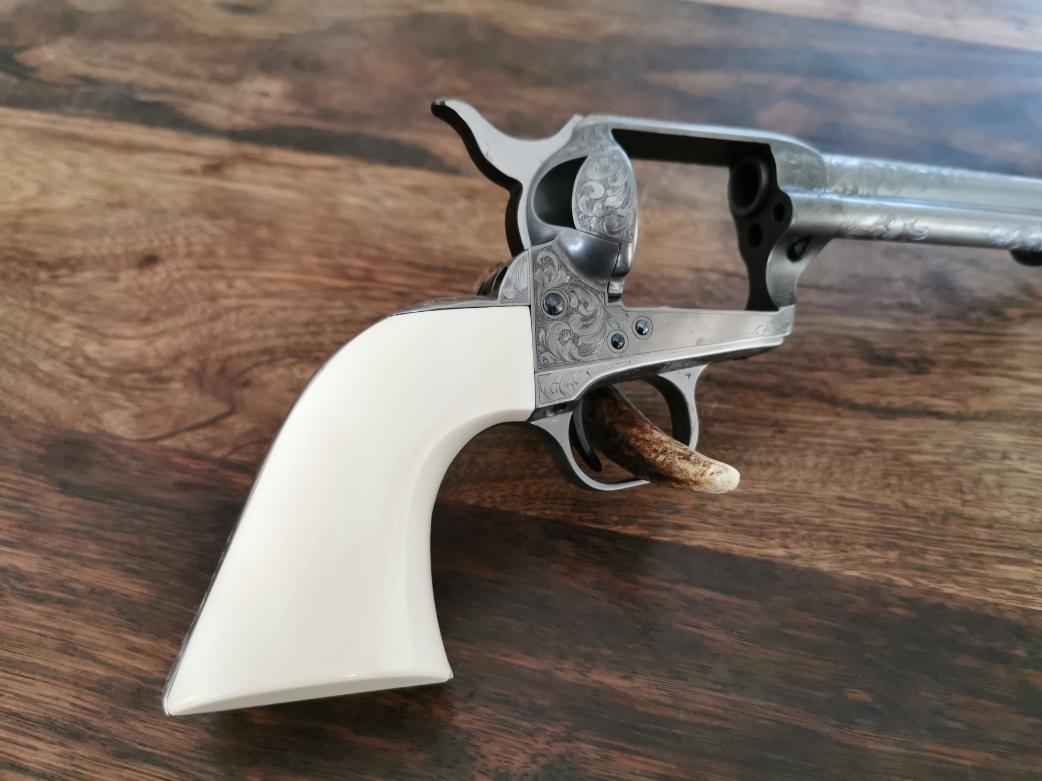Colt SAA einteiliger Griff