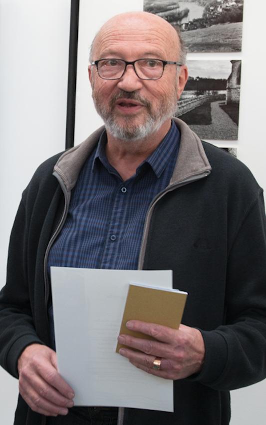 Monsieur le Maire Jean-Paul DUCOULOMBIER