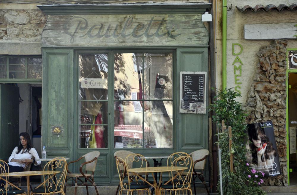 """""""Paulette """"café"""