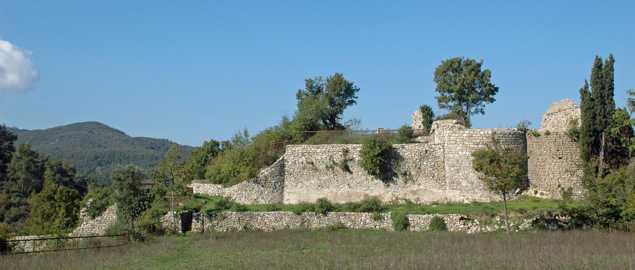 Mazaugues le château