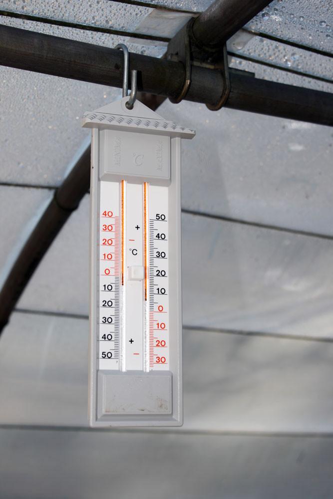 7 Trois thermomètres pour surveiller la température