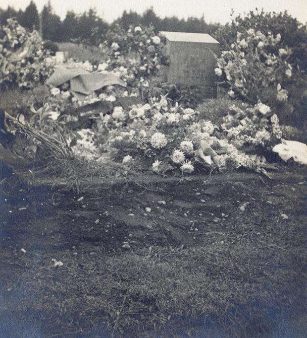 Grab von Max Eitzenberger in Arlington, 1932
