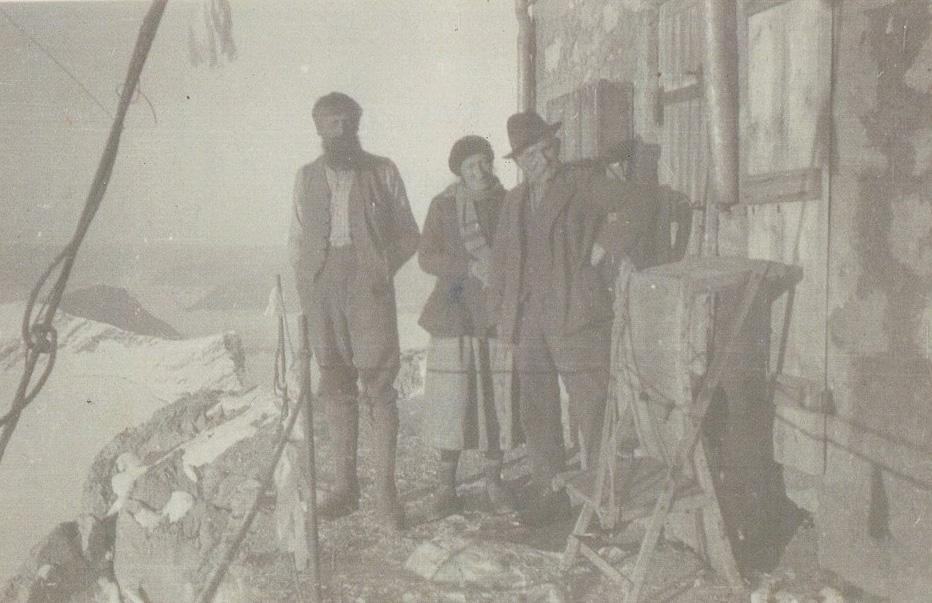 Auf der Zugspitze v.l.: Anselm Barth, Cenzi Ostler, Max Eitzenberger