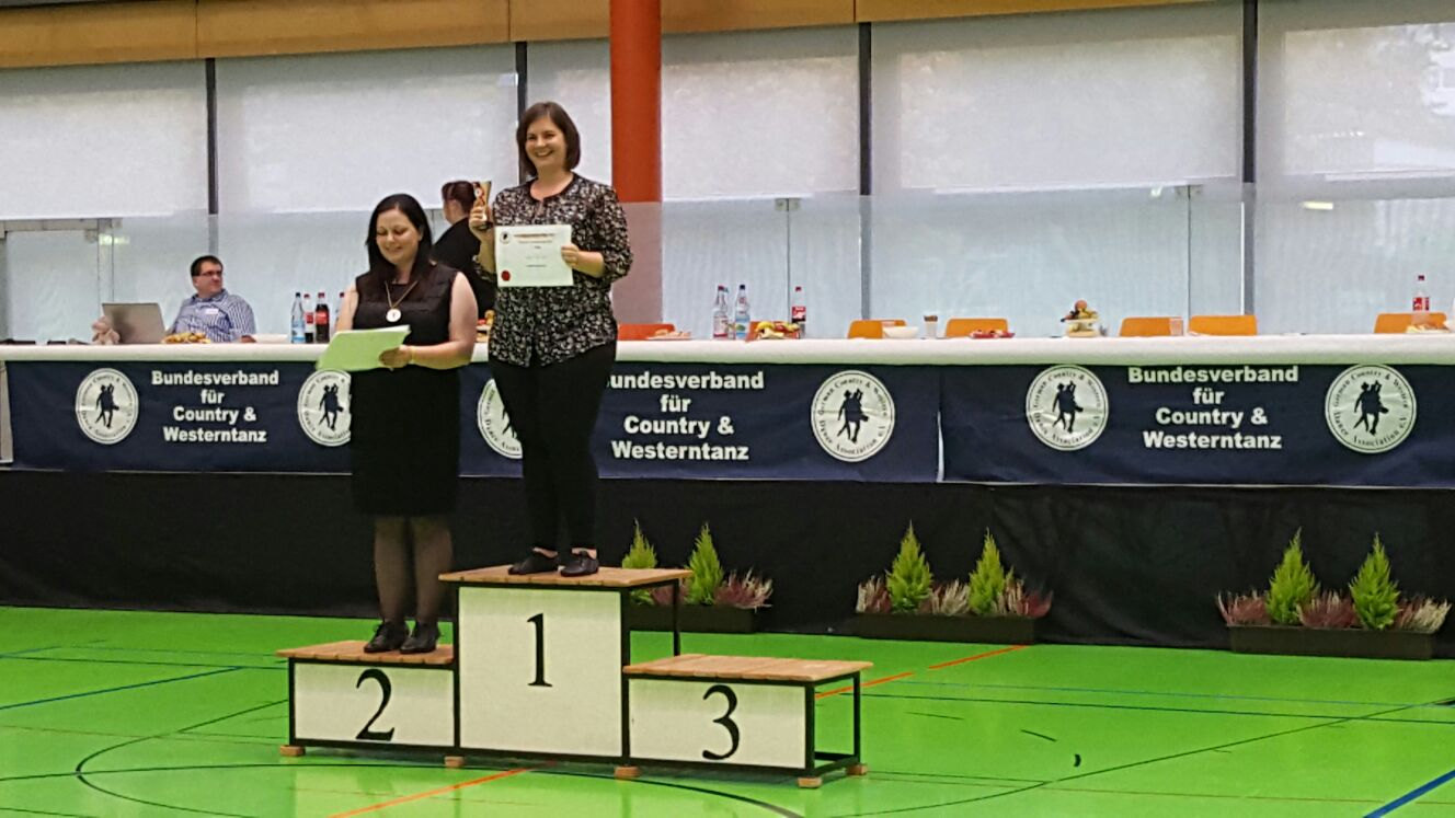 1. Platz Social Cup Chrystal Bettina Wassermann