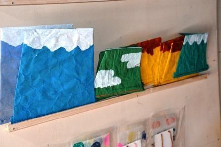 米袋を使ってつくっている封筒(富士山、太郎山)
