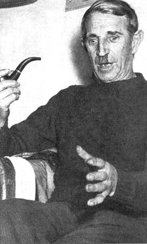 Jakob Siegl verdächtige zurecht den Ortsführer Lorenz Schlittenbauer, da sich dieser bei der Leichenfindung aussergewöhnlich auffällig verhielt