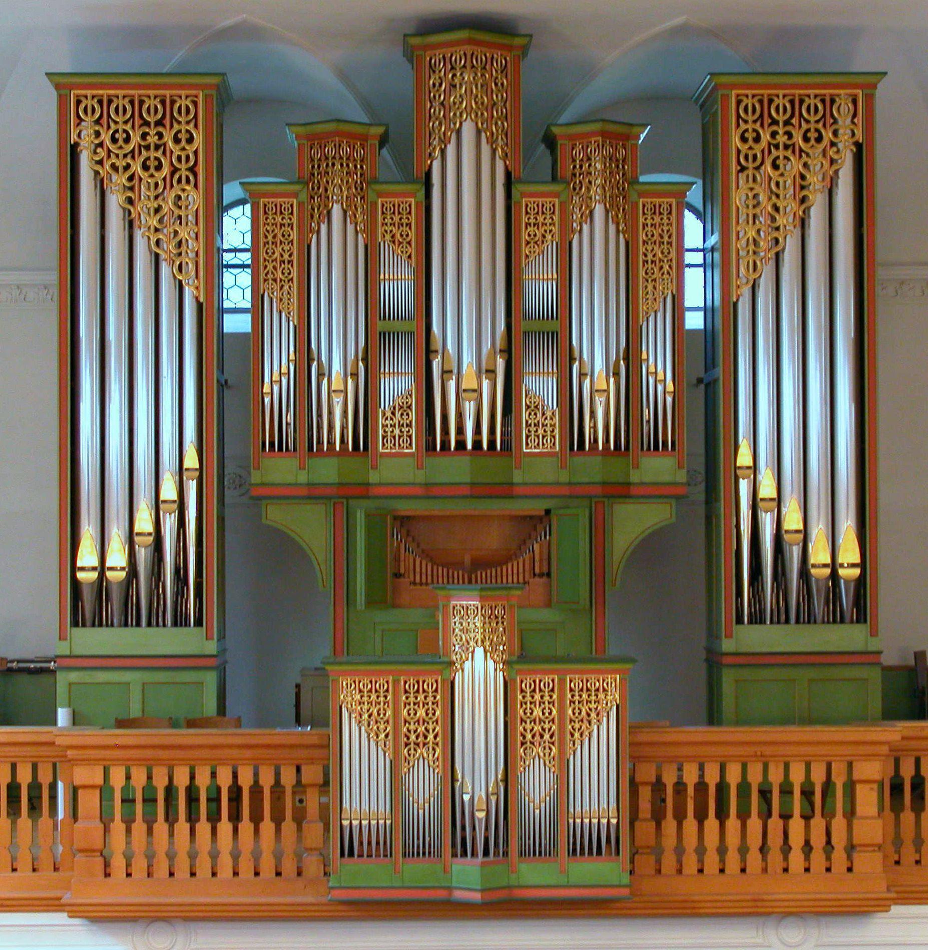 9 Die Metzler-Orgel