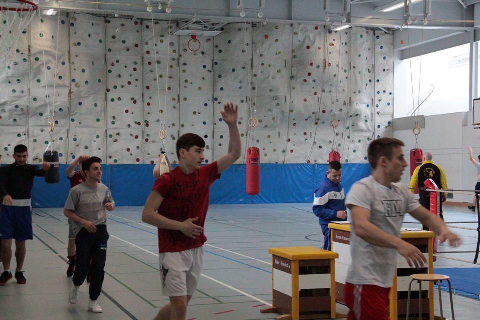 Boxer/Traner vom BRZ Horgen in Filzbach zur Weiterbildung