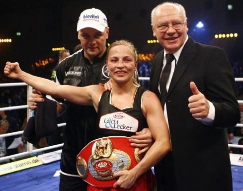 Torsten Schmitz, als Gasttrainer im Box-Ring Zürichsee Horgen (trainierte Regina Halmich an die WM Spitze)