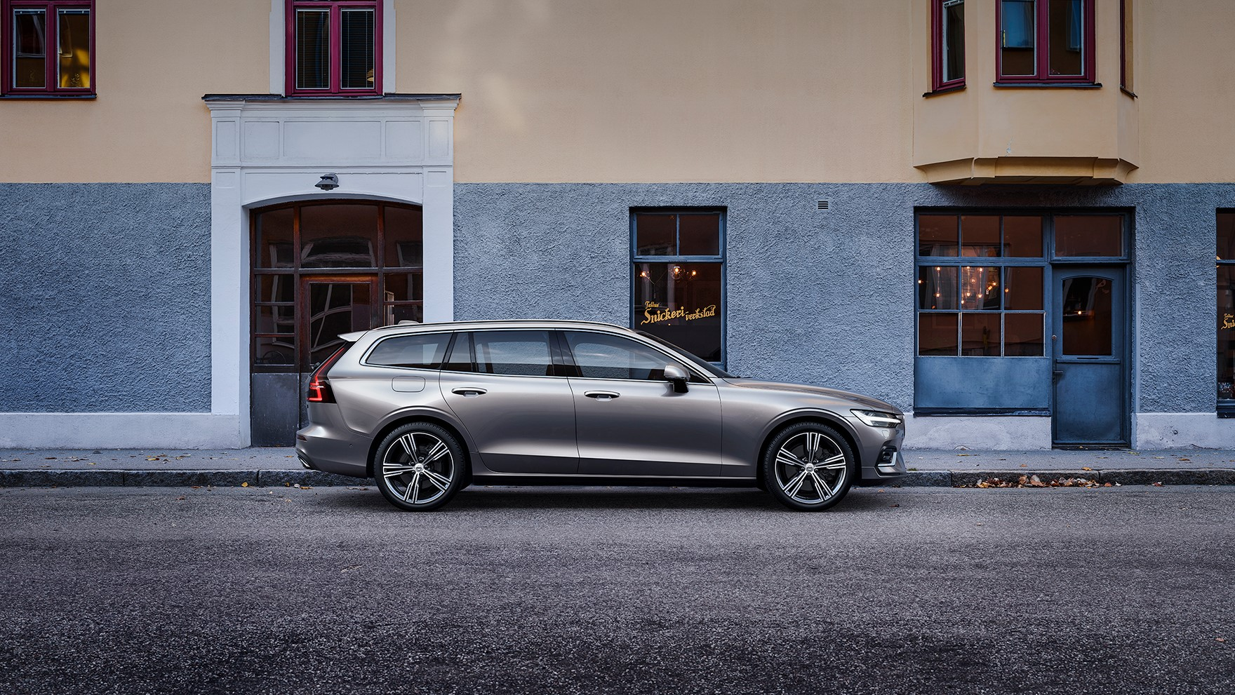 Work trifft Life. Volvo V60 Recharge for Business.