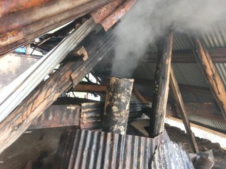 炭焼窯の煙突