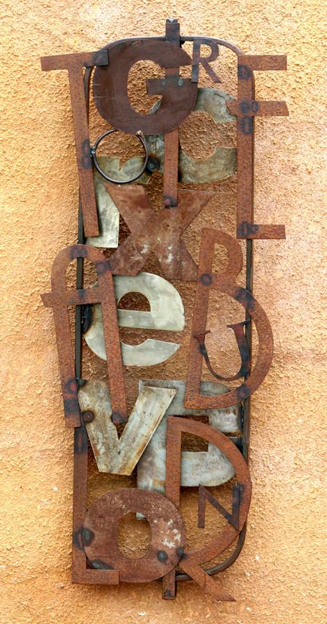 """937: Ferroquadre """"Sopa de lletres"""": 106x45x3,5"""