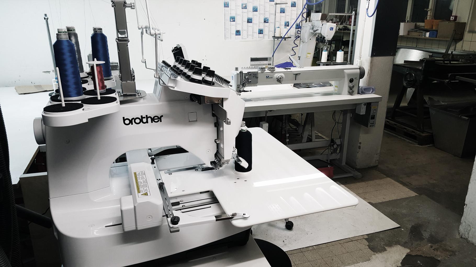 Nähmaschinen zur Herstellung von Armaturenkissen