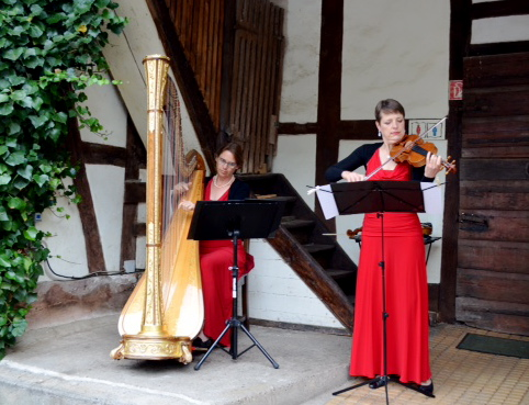 openair mit Harfe